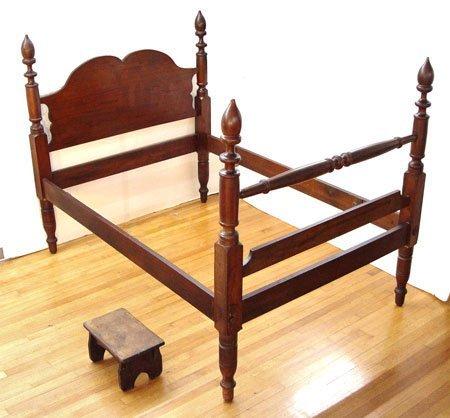 1017: 19TH C ANTIQUE MAHOGANY ACORN POSTER BED