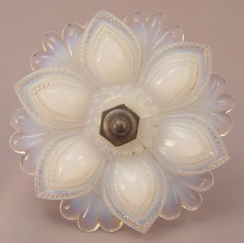 1327: 5 VINTAGE OPALESCENT GLASS CURTAIN TIE BACKS - 5