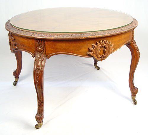 18: FRENCH CARVED MAHOGANY COFFEE TABLE