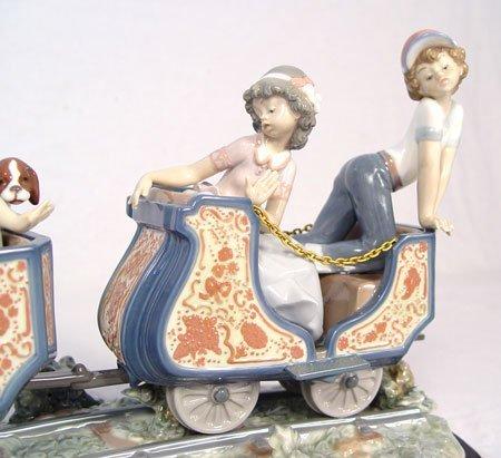 250: LLADRO CIRCUS TRAIN 1517 PORCELAIN 26'' LONG - 6