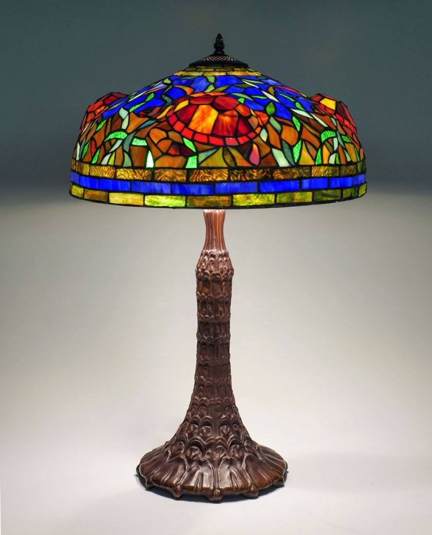 TIFFANY STYLE STAINED GLASS SEA TURTLE LAMP