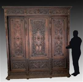 19TH C FRENCH CARVED OAK BIBLIOTHEQUE