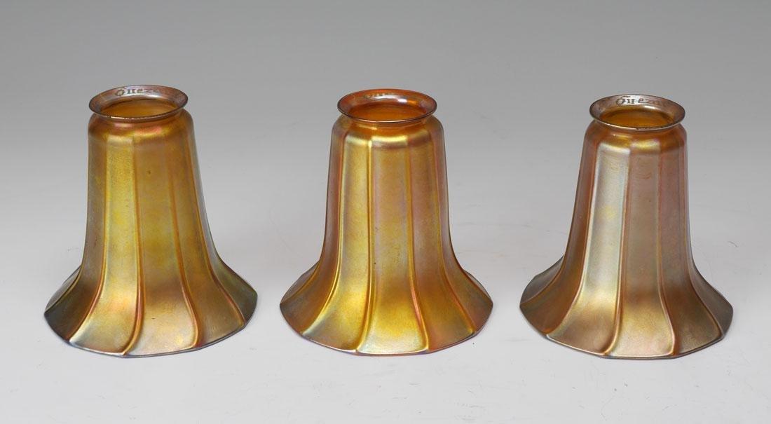 3 IRIDESCENT QUEZAL SHADE LAMP - 2