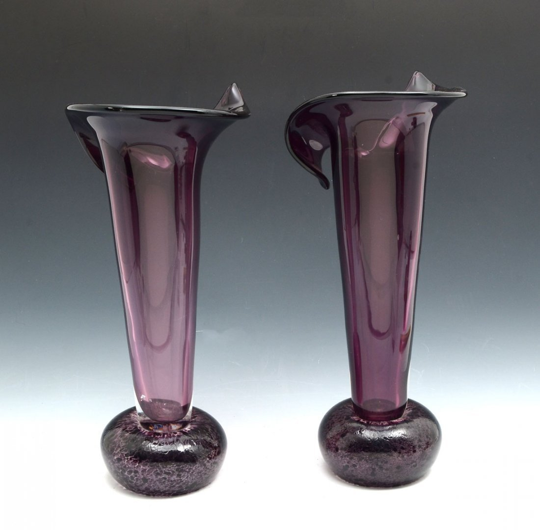 PAIR OF MURANO GLASS FLARED VASES - 2