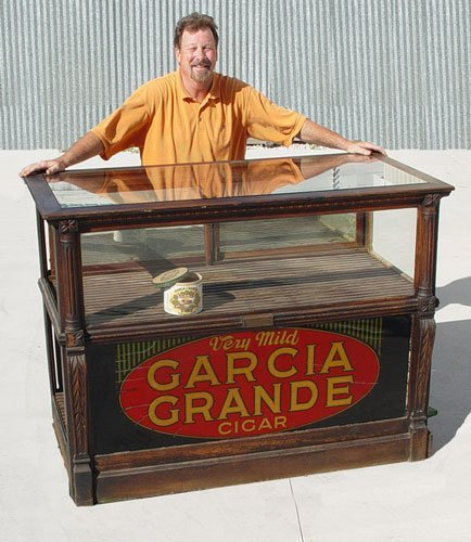 3 Vintage Garcia Grande Cigar Counter Display Case
