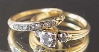 1073: 14K & .35 ctw DIAMOND WEDDING RING SET size 4
