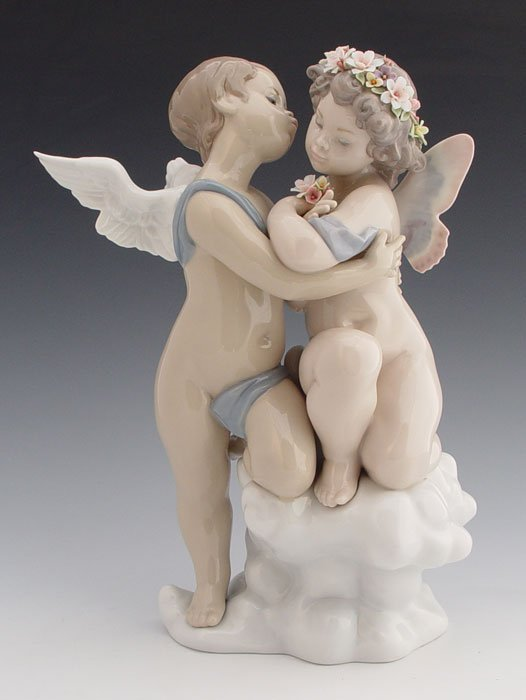 601: LLADRO SOCIETY ANGEL FIGURE HEAVEN AND EARTH 1824