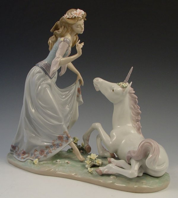 609: LLADRO PRINCESS AND THE UNICORN 1755 only 1500