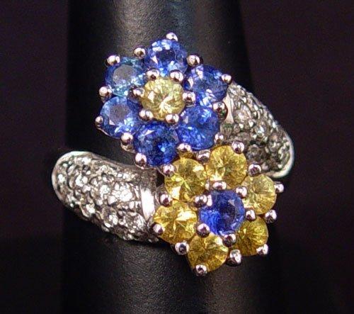 715: 18K BLUE & YELLOW SAPPHIRE FLOWER RING 9.9 GR SZ 6