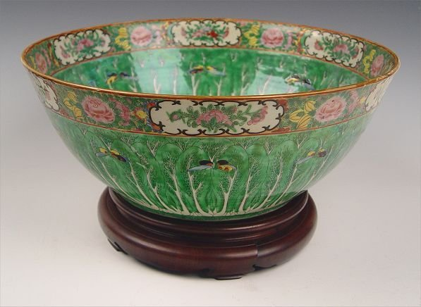 9: CHINESE FAMILLE ROSE CABBAGE LEAF PUNCH BOWL