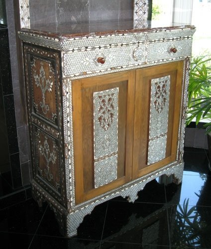10: SEDEF MOTHER OF PEARL & BONE INLAY CABINET