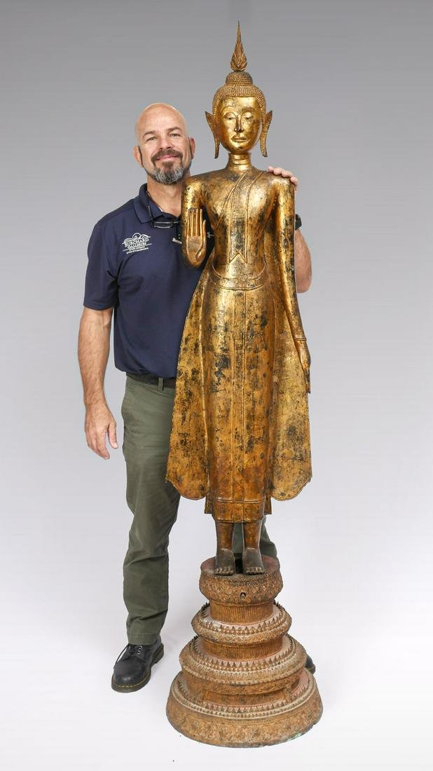 LARGE EARLY AND IMPORTANT GILT BRONZE BUDDHA