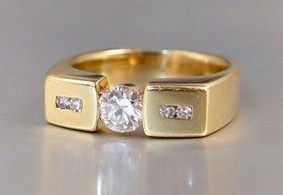22: 14K MENS .72 CT YG DIAMOND RING size 9