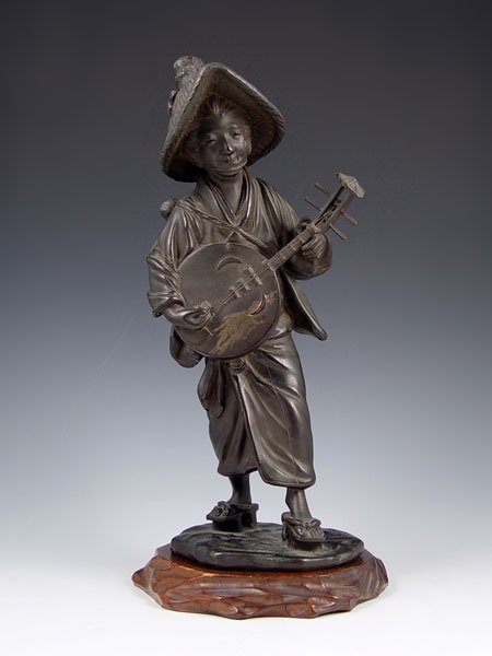 1014: SIGNED JAPANESE BRONZE FIGURE 12'' TALL