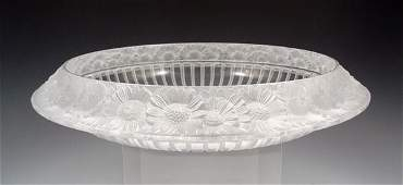 18 LALIQUE FRENCH CRYSTAL MARGUERITES CENTER BOWL