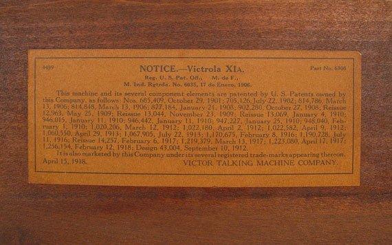 255: 1919 GOLDEN OAK VICTOR VICTROLA VV XI - 8