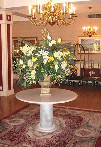 7A: ROUND WHITE MARBLE FOYER TABLE from OLD HOTEL
