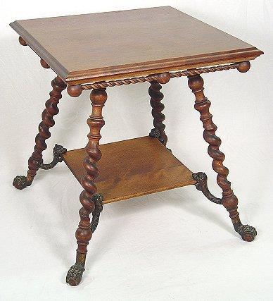 1007: SPIRAL LEG AND DRAGON MAHOGANY LAMP TABLE