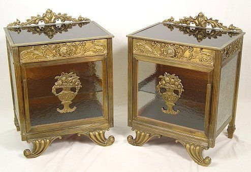 1019: PAIR OF FRENCH ART DECO BRASS AND GLASS STANDS