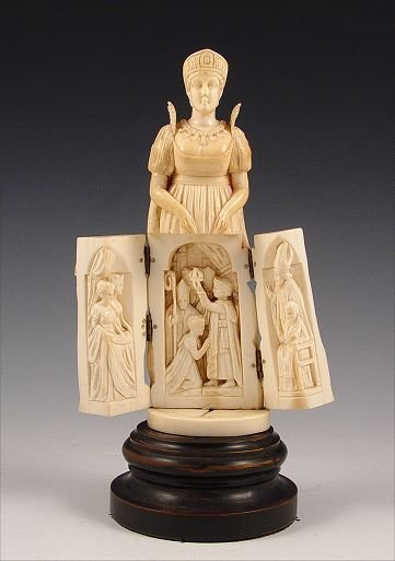 1: CARVED IVORY TRIPTYCH FIGURE OF JOSEPHINE