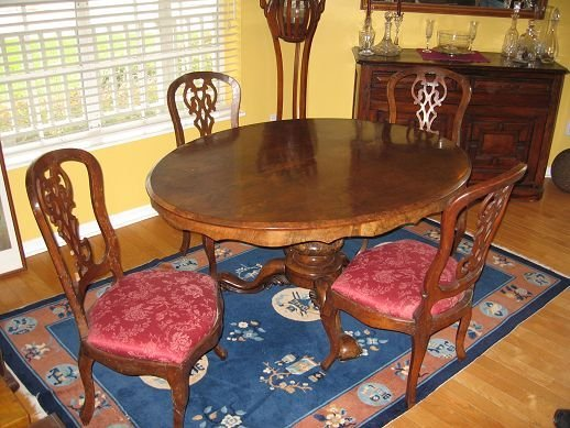 19: 19th C BURL WALNUT LOO TABLE AND 4 CHAIRS