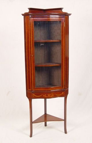 7: DIMINUTIVE MAHOGANY INLAY CORNER CUPBOARD