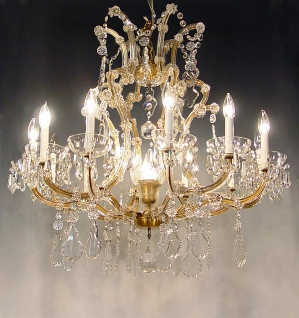 6: MARIA THERESA 12 LIGHT CRYSTAL CHANDELIER