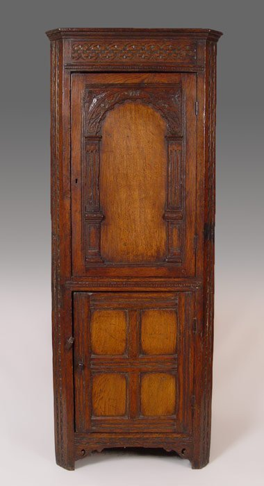 17: LARGE CARVED 18TH C. JACOBEAN CORNER CUPBOARD
