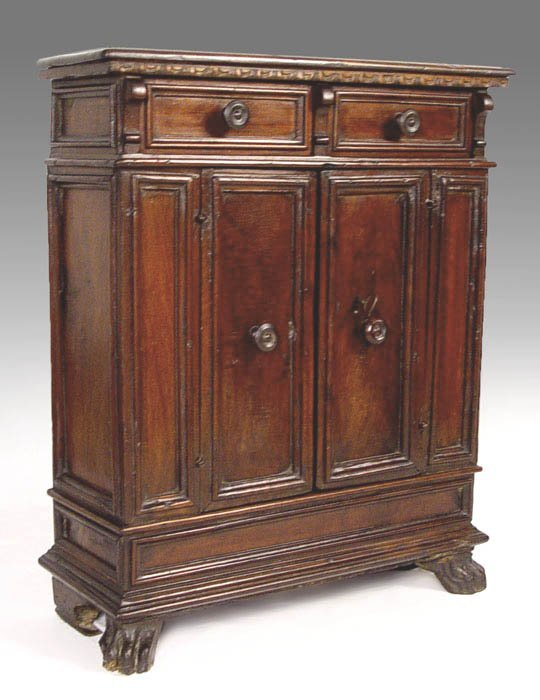 19: EARLY 18TH C APOTHECARY CABINET