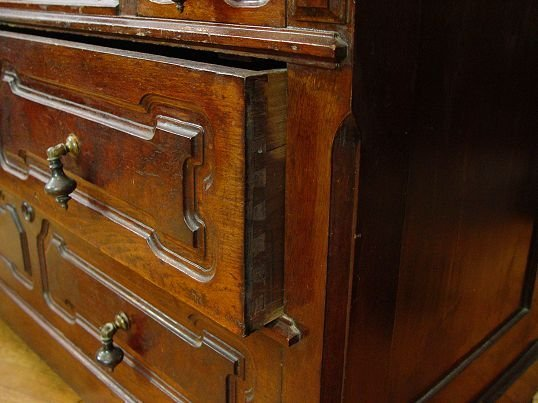 57: VICTORIAN MARBLE TOP DRESSER AND MIRROR            - 4
