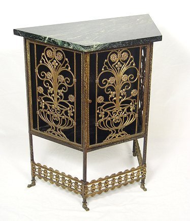 5: DECO ERA MARBLE TOP GILT IRON FILIGREE STAND