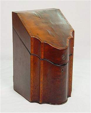 GEORGIAN MAHOGANY KNIFE BOX