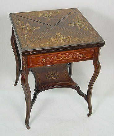 18: ITALIAN MARQUETRY INLAID ENVELOPE GAME TABLE