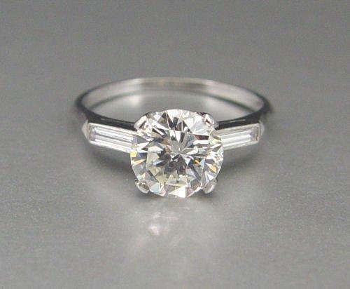 43: 1.97CT DIAMOND SOLITAIRE w/ BAGUETTES PLATINUM RING