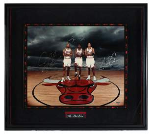 ''THE BEST EVER'' SIGNED CHICAGO BULLS PHOTOGRAPH