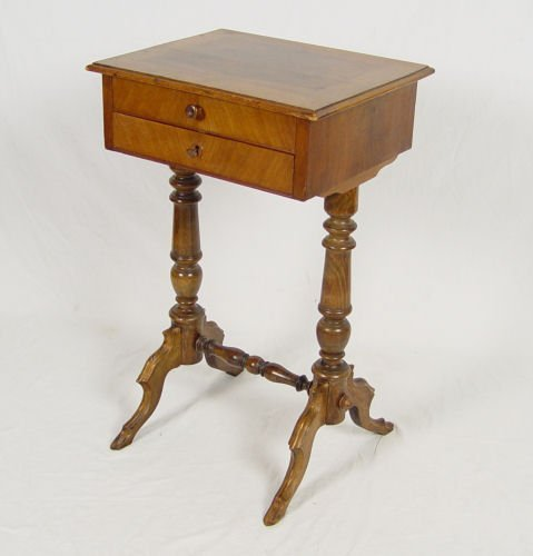 5: VICTORIAN SEWING STAND