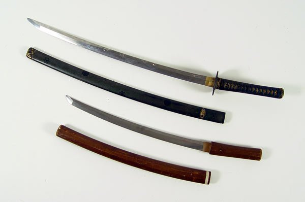 286: WWII ERA JAPANESE KATANA & WAKIZASHI SWORDS