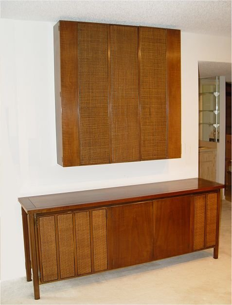 23: BERT ENGLAND FORWARD TREND  SIDEBOARD FLOATING WALL