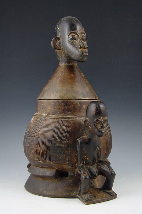 249: AFRICAN CARVED FIGURAL WOOD POT / COOKER