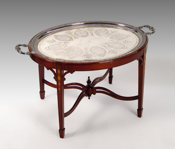 9: HEPPLEWHITE STYLE TEA TABLE WITH TRAY