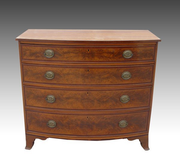 20: AMERICAN FEDERAL PERIOD BOW FRONT CHEST