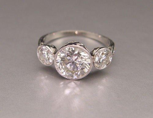 51A: PLATINUM 3CT DIAMOND DECO REVIVAL RING  2.04 ct