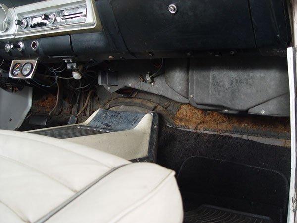 151: 1964 FORD FAIRLANE SPORT COUPE AUTOMOBILE - 9