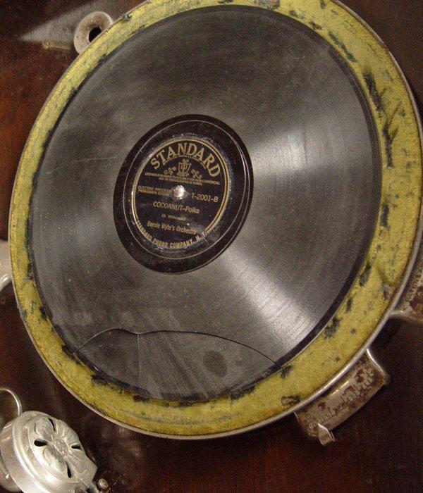 242: COLUMBIA GRAFONOLA WITH RECORDS - 4