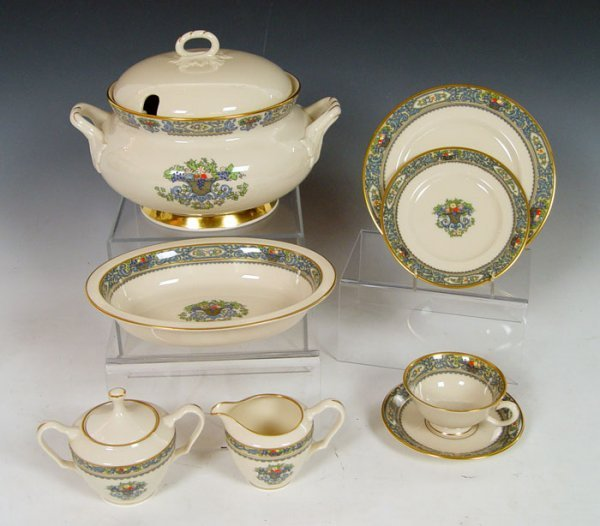 13A: 70 pieces LENOX AUTUMN  WITH  TUREEN PLUS