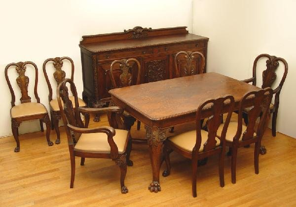 21: LATE VICTORIAN CARVED OAK DINING TABLE & 8 CHAIRS