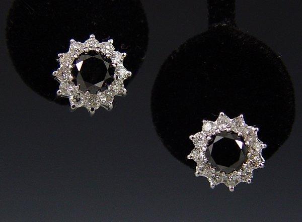 23: 4 CT BLACK DIAMOND W/ WHITE 18k EARRING STUDS