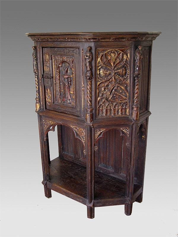 6: RENAISSANCE CARVED CABINET ON STAND