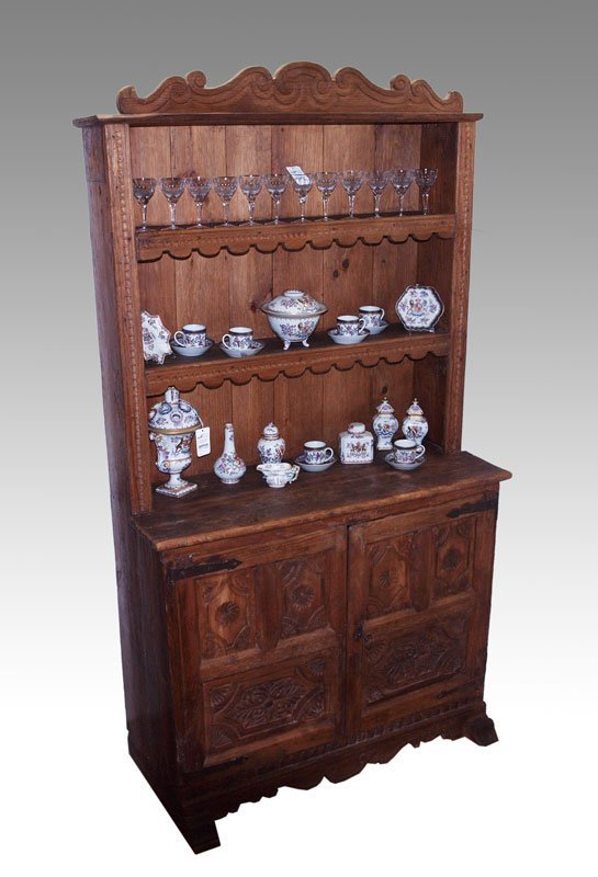 19: 18TH C. SPANISH COLONIAL SHOEFOOT STEPBACK CUPBOARD