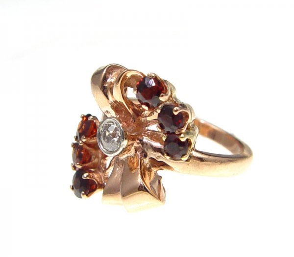 17: RETRO ROSE GOLD DIAMOND & GARNET RING